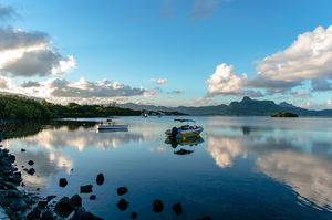 Couchsurfing Helped Me Stay a month in Mauritius in Just 15000 INR And This Is How It Can Help You