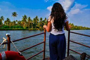 This is How I Enjoyed a Stay on the Houseboat in Alleppey in Just 2000 INR for 2 Days