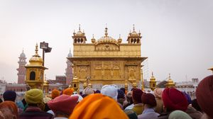 550th Gurpurab Celebrations Around the World Will Fill Your Heart with Love and Hope