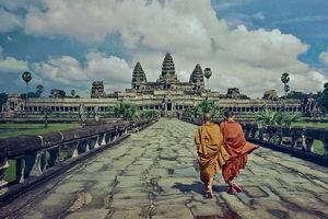 Serene and majestic Angkor wat