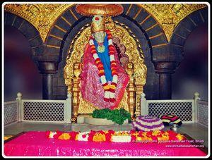 Shirdi Sai Baba & The Temple: Divinity All Around…