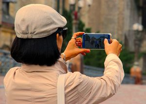 Indian Travellers Only Care About Free Wi-Fi and Instagrammable Places, Reveals Survey