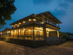 Chill by the Beach or Go Dolphin Spotting at This Stunning Property near Mumbai