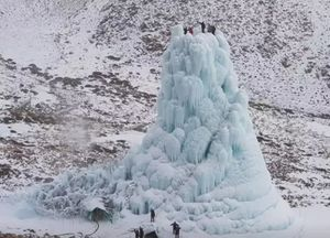 Heading to Ladakh This Summer? the 'Ice Cafe' Deserves a Spot in Your To-Do-List.