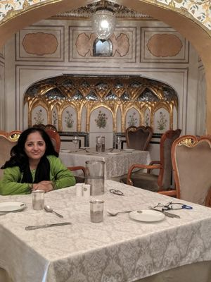 When In Jaipur, Take Bae To Dine at Royal Eatery!