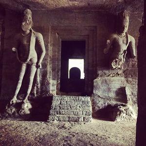 History lover's paradise - Elephanta Caves