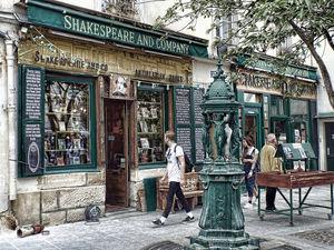 Shakespeare & Company 1/3 by Tripoto