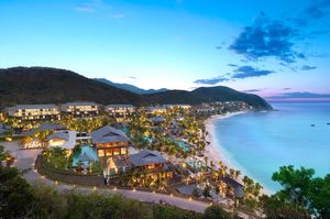 The Stunning Beaches Of Sanya, China: This Tropical Paradise Is Know As The Hawaii Of China