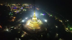 Did You Know? This Golden Pagoda In Mumbai Is Hiding In Plain Sight