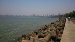 Mumbai - One day with mumbaians
