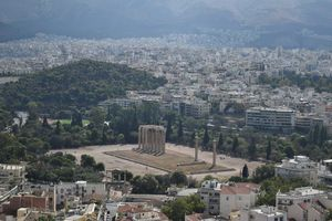 Temple of Olympian Zeus 1/undefined by Tripoto