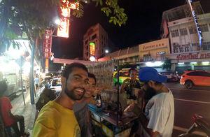 Yaowarat Road Bangkok Thailand 1/undefined by Tripoto