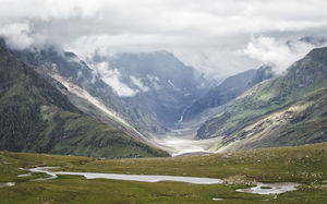 Title: Rohtang Pass #BestTravelPictures  Theme: Landscape