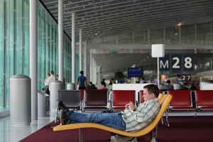 6 ways to kill time at an airport #flightzoned