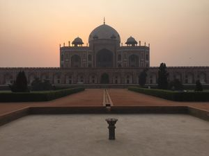 A walk through Humayun Tomb