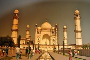 Taj Mahal Images: 10 Outstanding Photos That Will Blow Your Mind