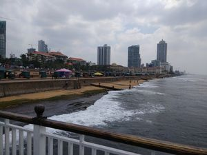 Colombo surprises with its beautiful contrast of Colonial and Cosmopolitan culture!
