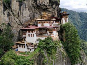 Tigers Nest Trekking Experience (Bhutan)