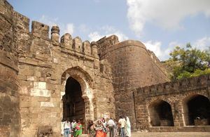 A Road Trip to Daulatabad Fort, Maharashtra