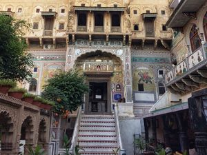 Stay at this gorgeous 18th century haveli in Mandawa