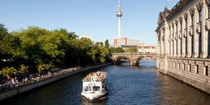 Traveler paradise : City of Berlin:Calm, Clean & full of stunning historical monuments.