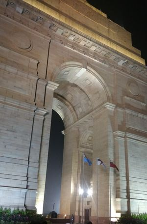India Gate & Rajpath-full of Life at Night