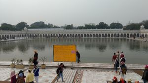 Bangla Sahib Gurudwara & paranthe wali gali-Delhi, ideal one day trip....