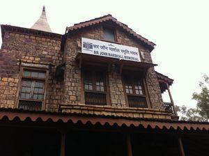 Sanchi Stupas 1/16 by Tripoto