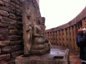 Discovering the city of lakes and beyond (Part 1)_ Sanchi and Udyagiri caves