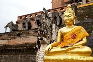 Two Must See Temples of Chiang Mai, Thailand