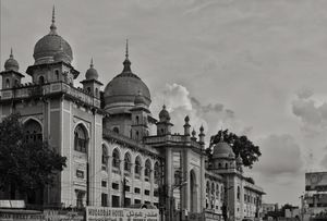Land of Pearls, Biryani and Nawabs - Hyderabad