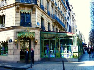 5 legendary stores you must absolutely visit in Paris