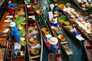 Floating Market Dallake 1/1 by Tripoto