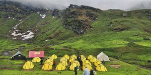 Bhrigu Lake Trek - 4 day trek full of beautiful meadows near Manali