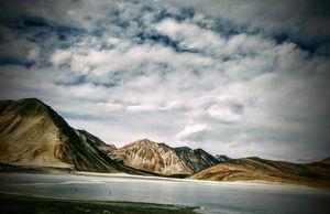 Wake up trip on new year : Ladakh .