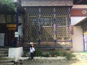 BUSTING SOME (SOLO) TRAVEL MYTHS – AS I BUMP ALONG IN BHUTAN!