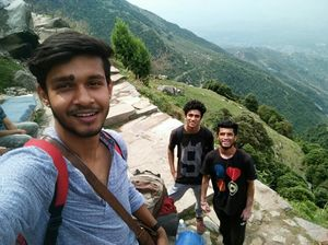 The one with two skies - Triund