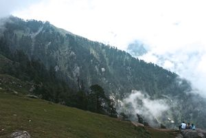 Mountains are calling you: Escape to McLeodGanj|Triund