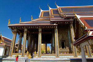 Wat Phra Kaew Phra Borom Maha Ratchawang Bangkok Thailand 1/1 by Tripoto