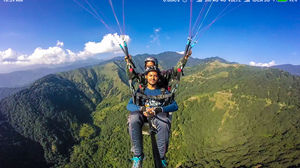 Paragliding at World's Best Paragliding Spot.. Fly High In Bir Billing..