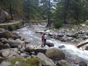 Story behind boiling hot water in hilly area of Manikaran near Kasol