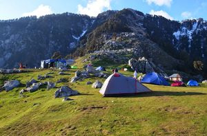 Triund: Amazing Trek, Hypnotic Panorama & A Pleasant Surprise