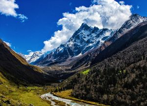 A Walk through the Magnificant Villages & Valley of Gods - Har ki Dun