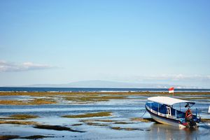 Sanur Beach 1/1 by Tripoto