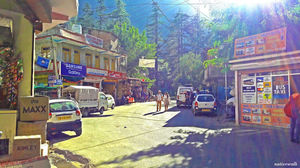 Kasol Bus Stop 1/undefined by Tripoto
