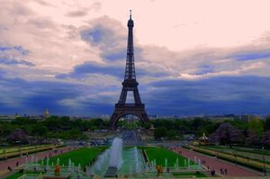 Eiffel Tower 1/undefined by Tripoto