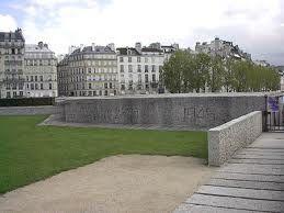 Memorial des Martyrs de la Deportation 1/1 by Tripoto