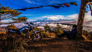 Solo biking to Sandakphu (11,600 ft)