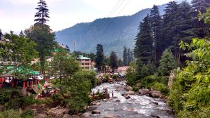 "Old Manali: Himalayan Hippie Village that proves ""Old is Gold"""