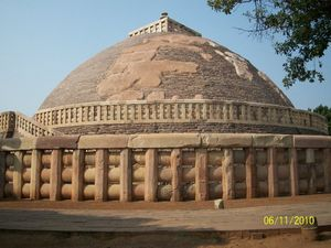 Sanchi Stupa : Witness The Glorious History of Central India
